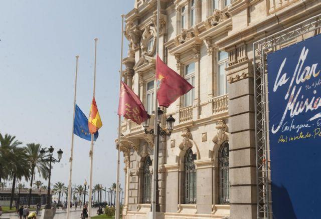 Pésame de la corporación municipal a los familiares del matrimonio cartagenero fallecido en Santiago - 1, Foto 1