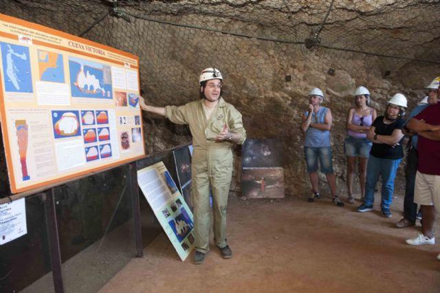Treinta minutos por la historia de la Cueva Victoria - 1, Foto 1