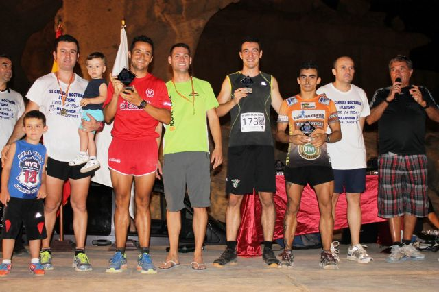 Más de medio millar atletas se dan cita en la XX carrera nocturna por la vida - 2, Foto 2