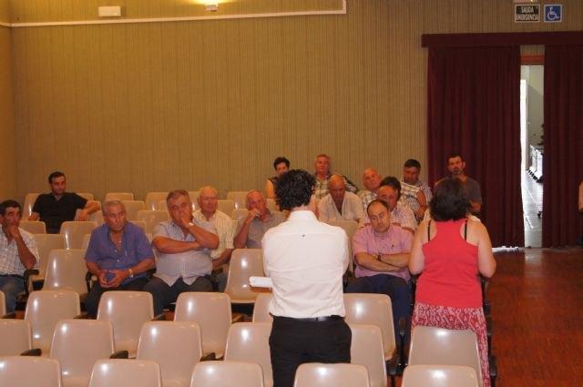Se celebra una asamblea informativa - 2, Foto 2