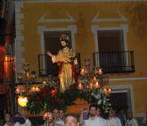 La historia de la parroquia de Santiago Apóstol de Pliego recogida en un libro