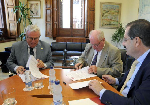 La Universidad de Murcia colaborará en temas de investigación con asociación de Paleoantropología - 3, Foto 3