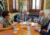 La Universidad de Murcia colaborará en temas de investigación con asociación de Paleoantropología