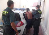 La Guardia Civil detiene a una persona dedicada a la comisión de robos en interior de vehículos