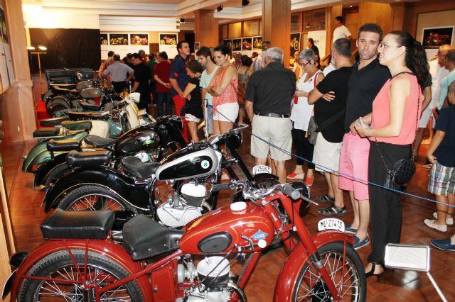 Magnífica acogida de la exposición de motos antiguas Retorno - 1, Foto 1