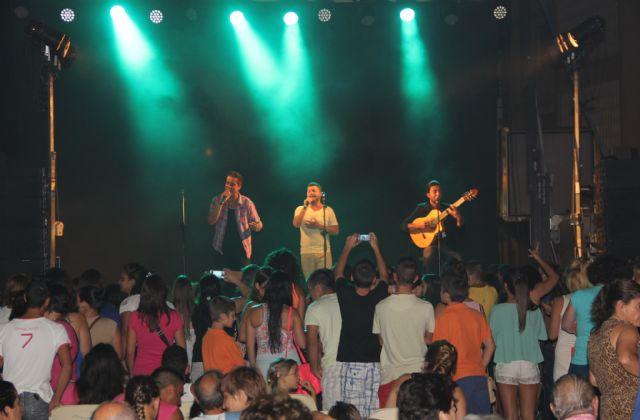 El grupo gaditano DECAI ofreció un concierto en Puerto Lumbreras ante cerca de un millar de personas - 1, Foto 1