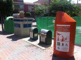 Dos nuevos contenedores para reciclar aceite doméstico usado en Las Torres de Cotillas