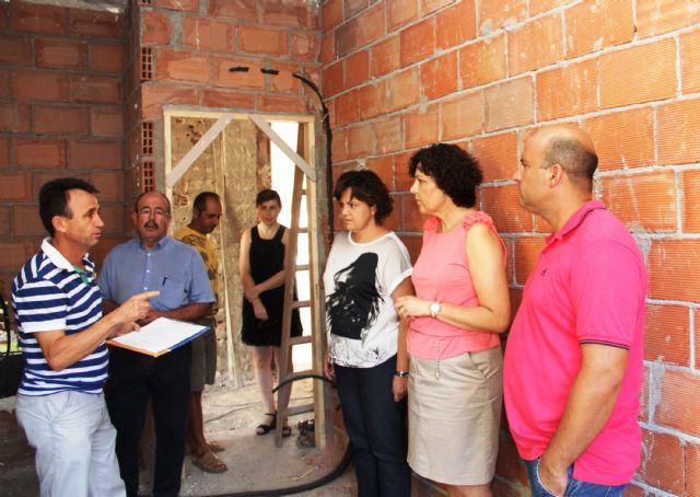 El Ayuntamiento de Puerto Lumbreras realiza obras de acondicionamiento y mejora en los colegios del municipio durante el verano 2013 - 1, Foto 1