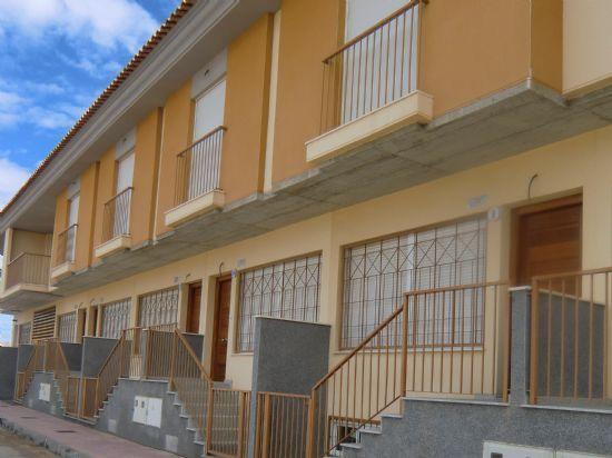 PROINVITOSA mejora la oferta de venta y de alquiler con opci�n de compra de las �ltimas viviendas tipo d�plex en el Paret�n-Cantareros, Foto 1