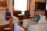 Reunión del Presidente de La Comunidad Autónoma, Ramón Luis Valcárcel, con la Alcaldesa de Archena, Patricia Fernández