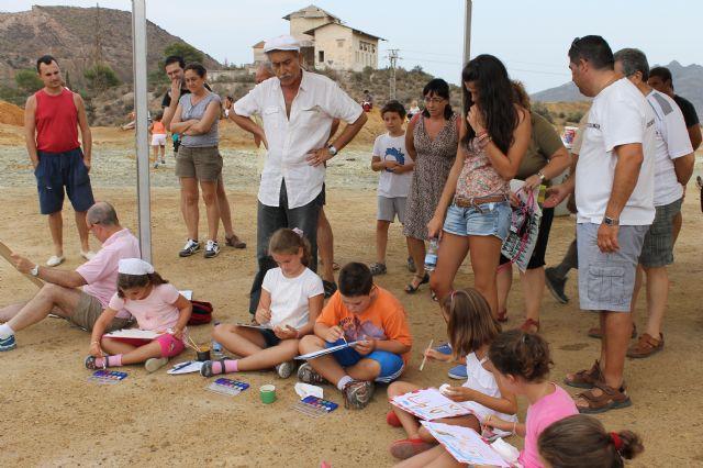Pedro Cano enseña a grandes y pequeños a dar un mordisco a la realidad pintando las Minas de Mazarrón - 2, Foto 2