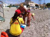 Excelente acogida de las pulseras identificativas en playas