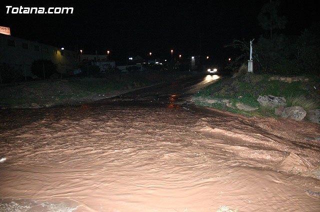 Meteorología prolonga el aviso naranja por lluvias hasta las 13 horas en Campo de Cartagena y Mazarrón, Valle del Guadalentín, Lorca y Águilas, Foto 1