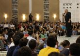 Kiko Argüello busca jóvenes para evangelizar en Asia