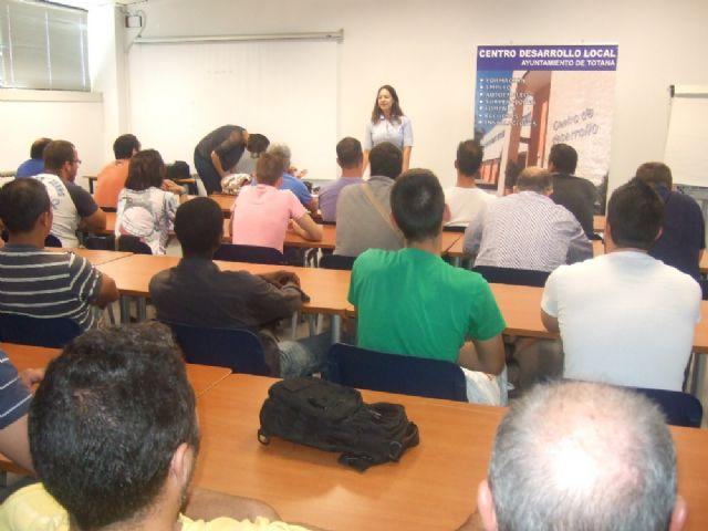 Un total de 36 usuarios participan en el curso de capacitación gratuito, Foto 5