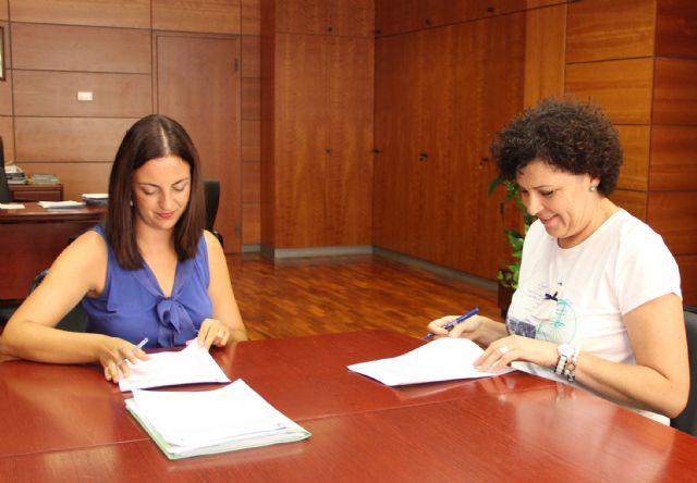 Ayuntamiento y DGT firman un convenio para establecer un nuevo Plan anual de Seguridad Vial en Puerto Lumbreras - 1, Foto 1