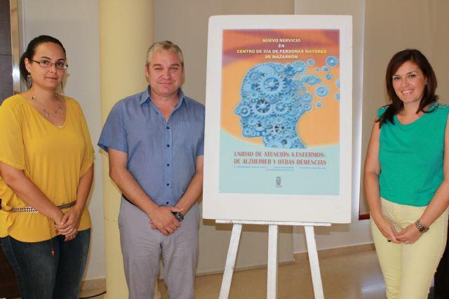 El ayuntamiento pone en marcha un nuevo servicio en el Centro de Día para luchar contra el alzheimer y otras demencias, Foto 2
