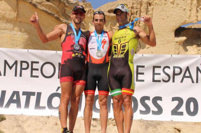 Rubén Ruzafa y Claudia Galicia se imponen en el Campeonato de España de Triatlón Cross, Foto 2