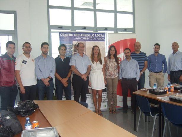 AJE Guadalentín celebra su reunión de junta directiva en las instalaciones del Centro de Desarrollo Local de Totana, Foto 1