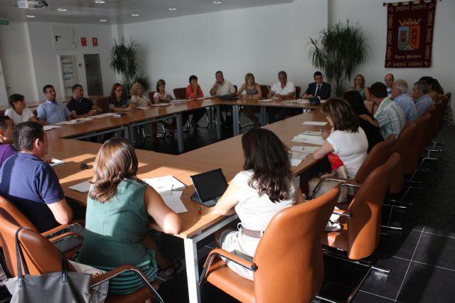 Constituida la Comisión Municipal de Absentismo y Abandono Escolar del Ayuntamiento de Torre-Pacheco - 1, Foto 1