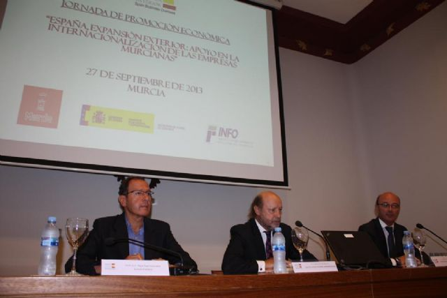 Cámara anima a los empresarios a seguir abriendo mercados en el exterior para continuar creando riqueza en Murcia - 1, Foto 1