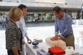 Centenares de murcianos revisan su salud cardiovascular y aprenden a salvar vidas