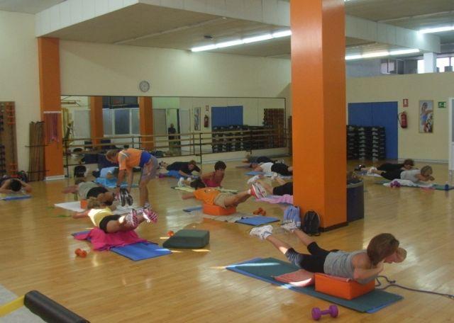 Deportes ha puesto en marcha en el mes de septiembre el programa municipal de gimnasia de mantenimiento en el gimnasio La C�rcel, Foto 1