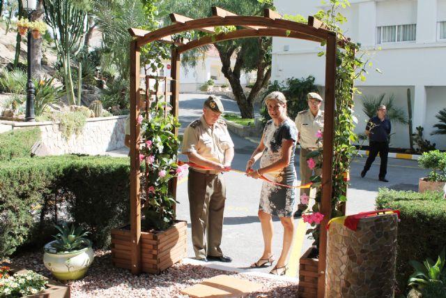 Inaugurado un nuevo jardín en la Residencia Militar de Archena con presencia de autoridades militares y Alcaldesa y Concejales - 1, Foto 1