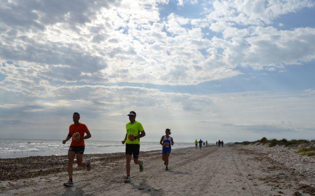 La carrera Correlimos reúne a deportistas de todas las edades en el parque natural de Salinas y Arenales - 3, Foto 3