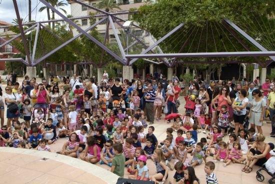 Teatro Guiñol para los más pequeños para comenzar la Feria, Foto 1