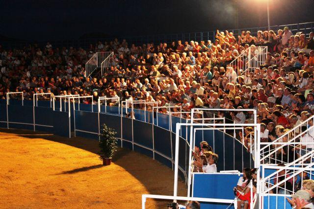 Éxito absoluto de la gala ecuestre – flamenca a beneficio de ´Cáritas´ de Mazarrón y Puerto - 1, Foto 1