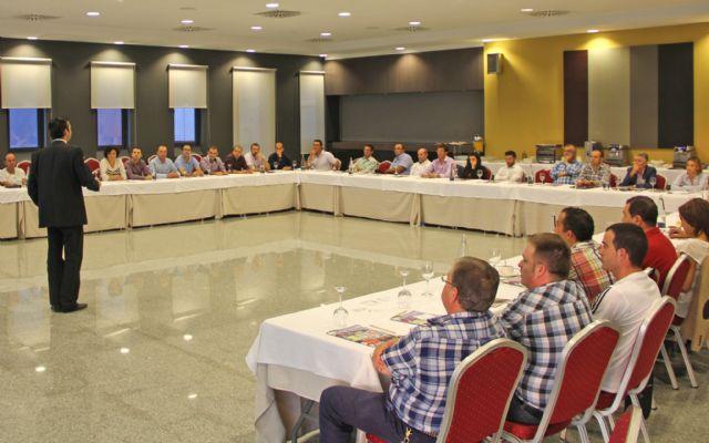 Se reúnen más de medio centenar de empresarios para la creación de un grupo empresarial en la Comarca del Guadalentín - 1, Foto 1