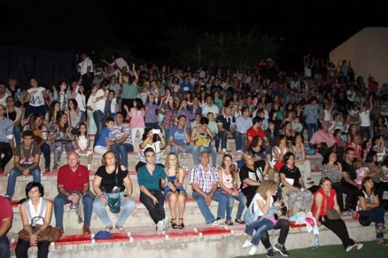 El grupo Auryn llena el auditorio municipal, Foto 2
