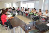 Decenas de personas participan en los cursos y talleres programados por el ayuntamiento de Mazarrón