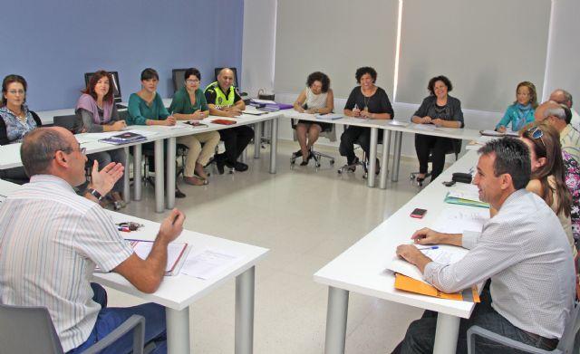 Se constituye la Mesa Local Contra el Absentismo Escolar en Puerto Lumbreras - 1, Foto 1