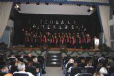 La primera gala de la 'Coral Municipal Ménade' torreña, llena de emoción