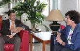 La alcaldesa de Puerto Lumbreras se reúne con el consejero de Economía y Hacienda