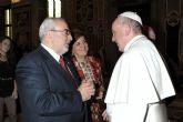 Encuentro del presidente de la UCAM con el papa Francisco en el Vaticano