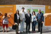 Autoridades municipales acompañan en Murcia a la empresa totanera 'Huevos Inmaculada' en su iniciativa solidaria