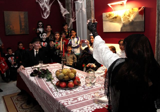 Puerto Lumbreras vivió una noche de leyenda en la noche de las ánimas en la Casa de los Duendes - 1, Foto 1
