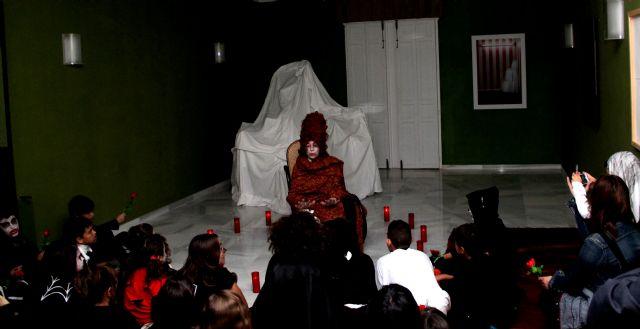 Puerto Lumbreras vivió una noche de leyenda en la noche de las ánimas en la Casa de los Duendes - 4, Foto 4