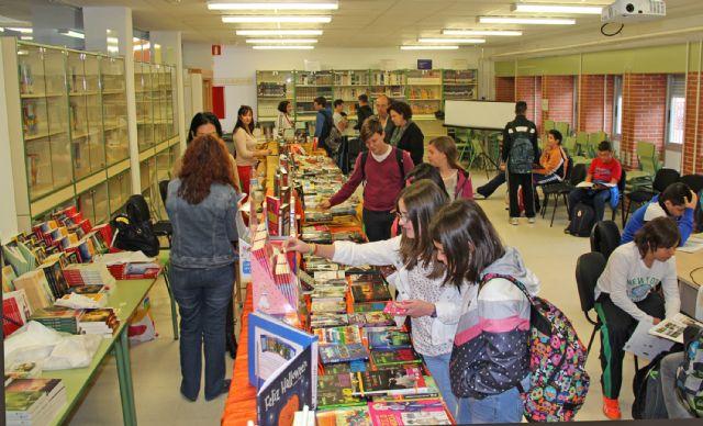El Instituto Rambla de Nogalte organiza una Feria del Libro, en colaboración con las librerías locales - 1, Foto 1
