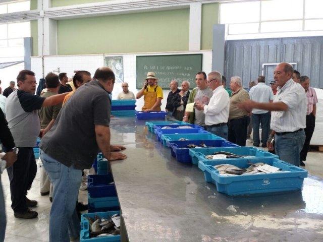 El cambio de temperatura en el agua del Mar Menor favorece la captura de más de 17 toneladas de doradas - 1, Foto 1