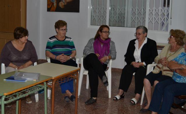 La asociación de Viudas Mar Menor continúa con sus actividades junto a los vecinos de El Mojón - 1, Foto 1