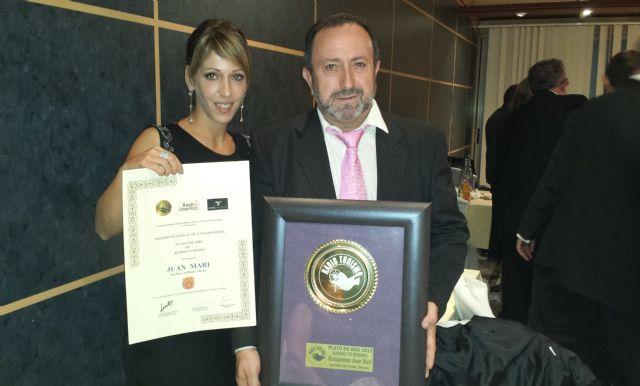 El restaurante pinatarense Juan Mari recibe el galardón Plato de oro otorgado por Radio Turismo - 1, Foto 1
