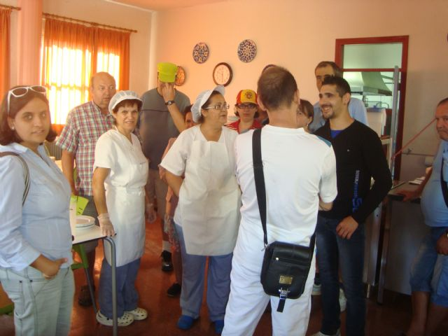 Users of the Day Centre for People with Mental Illness Totana know first hand how to manage the new services this year to enjoy the center trasnformación, Foto 3
