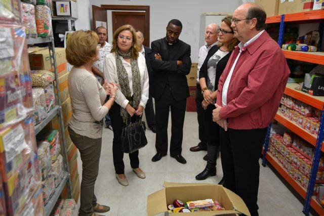 Cáritas, Cruz Roja y Amor por Amor inician el proyecto municipal Cesta de la compra solidaria - 2, Foto 2