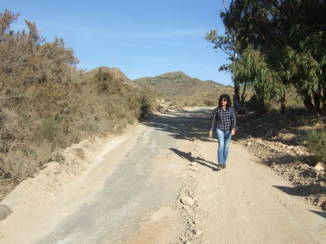 El ayuntamiento mejora los caminos rurales del 'Barranco de Secas' en Pastrana y 'Rusticana' en Garrobo, Foto 1