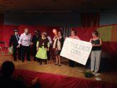 Corresponsales juveniles, mayores y la Concejalía de Igualdad celebran conjuntamente un acto contra la Violencia de Género