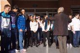 Los alumnos del IES 'Prado Mayor' alzan su voz contra la violencia de género